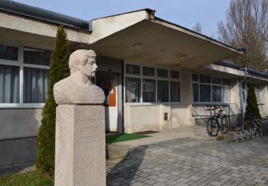 A Marcali Berzsenyi Dániel Könyvtár vendége Lakatos István író, képregény író, grafikus