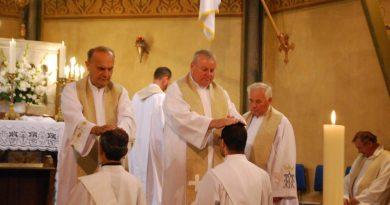 Új esperesi kerületeket hirdetett ki a megyéspüspök. Öt új kerületi esperes, köztük Kiss Iván marcali plébános.