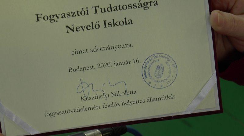 """""""Fogyasztói Tudatosságra Nevelő Iskola"""" címet kapott a Marcali Szaki – VIDEÓ"""