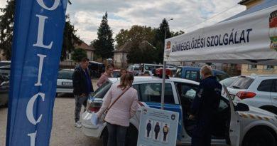 Pályaválasztási börze a Noszlopyban – a rendőrség is képviseltette magát