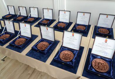Átadták a Somogy Megyei Védelméért díjat